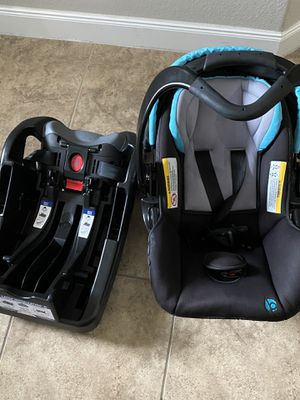 Baby trend car seat and base for Sale in Spring, TX