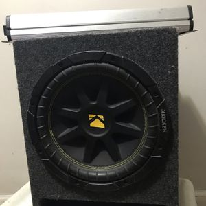 Kicker Subwoofer & JL audio Amplifier for Sale in Queens, NY