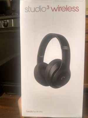 Beatsstudio3(Beats by Dre)* wireless headphones & wtrproof Bluetooth speaker, fast charge plays for hrs, built in chromecast etc.brnd new never opened for Sale in North County, MO
