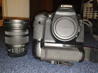 Canon 7D with battery grip. for Sale in Hamtramck,  MI
