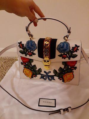 BRAND NEW!GENUINE GUCCI White and floral handbag/purse for Sale in Arlington, VA
