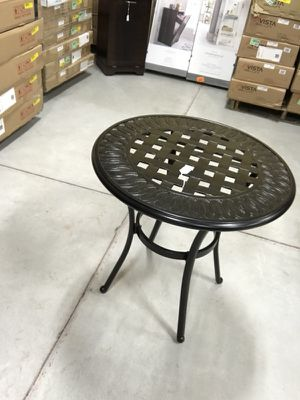 Better Homes & Gardens Dawn Hill Table *NEW* for Sale in Syracuse, UT