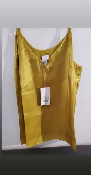 Womens cute top for Sale in Los Angeles, CA