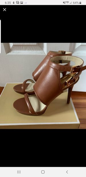 Michael Kors Asta sandals for Sale in Virginia Beach, VA