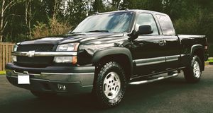 CHEVY SILVERADO THE PAINT IN FLAWLESS AND LOOKS DEEP for Sale in Pittsburgh, PA