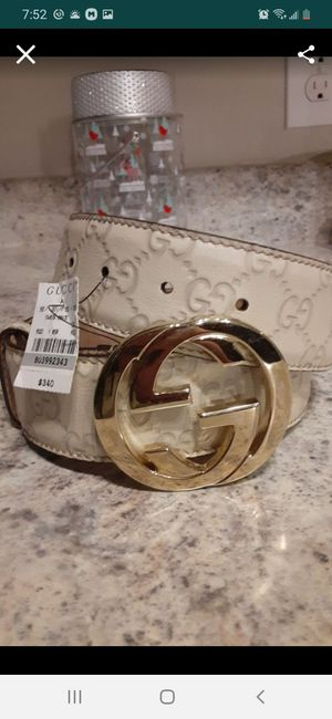 Gucci belt for Sale in Katy, TX