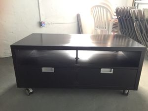 TV STAND WITH DRAWER for Sale in Miami, FL
