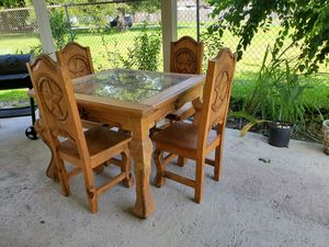 Texas table 100% wood very heavy for Sale in Houston, TX