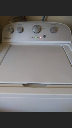 Whirlpool washer full capacity work good is.good.condition for Sale in GLMN HOT SPGS,  CA