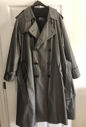 Men's Burberry Trench Coat for Sale in Creedmoor, NC