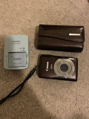 Canon Digital Camera IXY 200F, with battery, charger and case. for Sale in Bowie, MD
