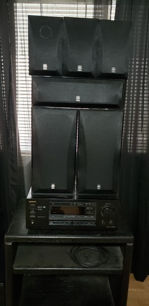 Surround Sound Onkyo and Yamaha speakers for Sale in Fresno, CA