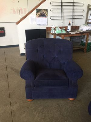 Two Lazy Boys for Sale in Sioux Falls, SD