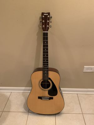 Yamaha Acoustic Guitar FD01S w/Gig Bag for Sale in Lombard, IL