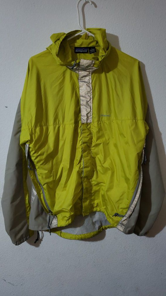 PATAGONIA RAIN JACKET SIZE LARGE EXCELLENT