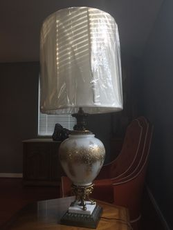 Antique vintage marble and brass lamp for Sale in Pittsburgh,  PA