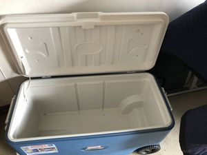 Coleman Extreme Wheeled Cooler - 100 qt for Sale in Solon, OH