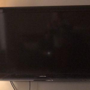 "Toshiba 46"" 1080p Tv for Sale in Huntington Woods, MI"