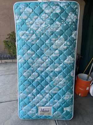 Twin size mattress for Sale in Moreno Valley, CA