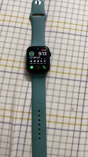 Apple Watch series 5 WiFi + cellular 44mm black for Sale in Worth, IL