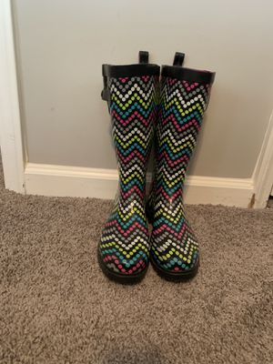 Gently used rain boots for Sale in Atlanta, GA