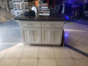 Kitchen island counter top and cabinet for Sale in Los Angeles, CA