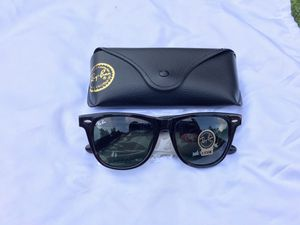 Ray ban tortoise frame wayfarer sunglasses for Sale in San Francisco, CA