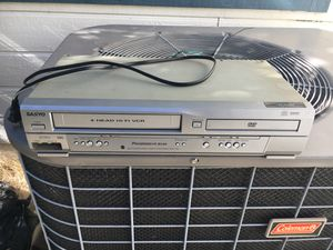 Working VHS/dvd player combo Sanyo for Sale in Antioch, CA