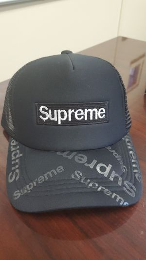 Black Supreme brand Trucker Hat (new) for Sale in Washington, DC