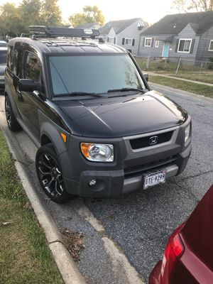 2005 Honda Element needs go thia weekend $800 or better offer will sell rims separately. Needs engine work possibly head gaskets. for Sale in Washington, DC