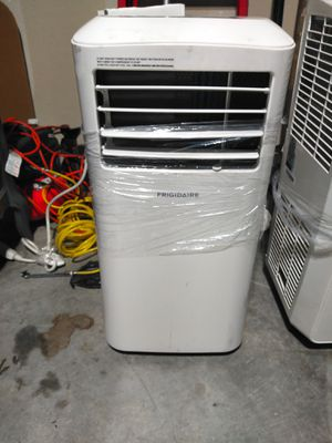 Frigidaire portable AC unit for Sale in Fort Worth, TX