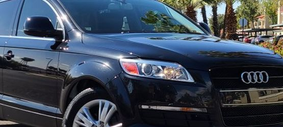 2008 AUDI Q7 3.6 Quattro AWD. 73K miles. SUPER CLEAN!! for Sale in Scottsdale,  AZ