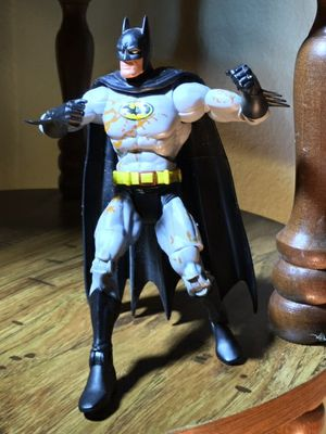 toysrus exclusive FISTS OF CLAY BATMAN FIGURE ONLY for Sale in Leander, TX