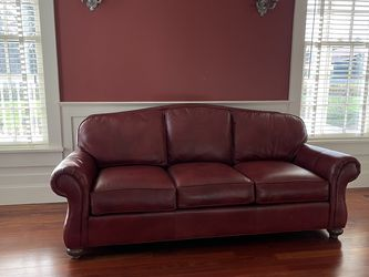 Red Leather Couch Ethan Allen for Sale in Woodinville,  WA