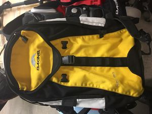 Dakine heli pro backpack for Sale in Denver, CO