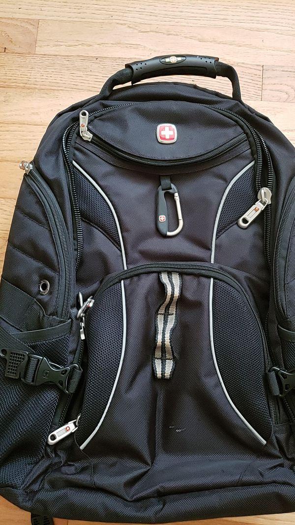 SwissGear laptop backpack like new