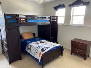 $500 Twin Loft bed 5 pcs set for Sale in Houston, TX