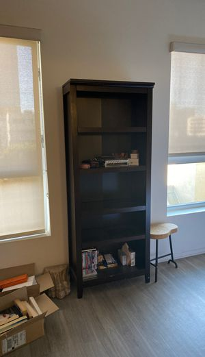 Beautiful Brown Tall Shelf for Sale in Los Angeles, CA