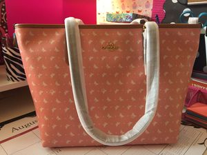 Coach Large Tote Bag NWT for Sale in Plant City, FL