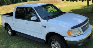 $1,000 URGENT For sale 2002 Ford F-150 runs and drives excellent very smooth transmission for Sale in Columbus, OH