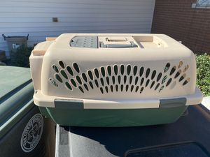 Pet carrier for Sale in Evansville, IN