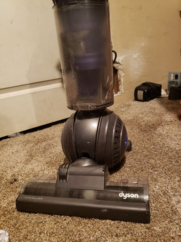 Dyson vacuum excellent condition