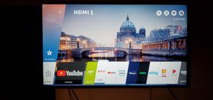 LG smart tv 65 inch for Sale in Queens, NY