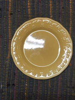 DECORATIVE PLATE for Sale in Auburn,  WA