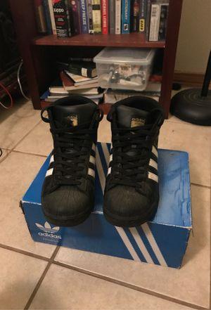 Adidas black size 7 for Sale in Harvey, LA