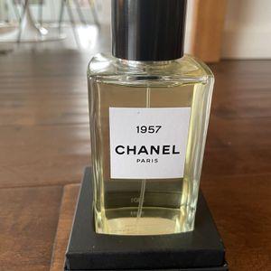 Chanel Eau De Perfume 1957 6.8 oz FL for Sale in Los Angeles, CA