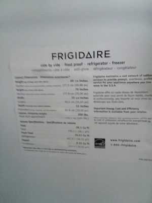 Frigidaire side by side freezer fridgerater ice and water maker for Sale in Rocky Top, TN