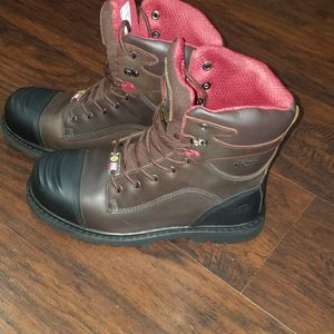 Men's Avenger 7573 600G Composite Toe Waterproof Boots for Sale in Chicago, IL