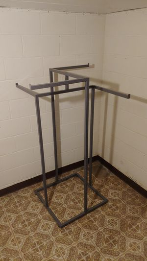 Metal Clothing display rack - Status: Available for Sale in Mableton, GA