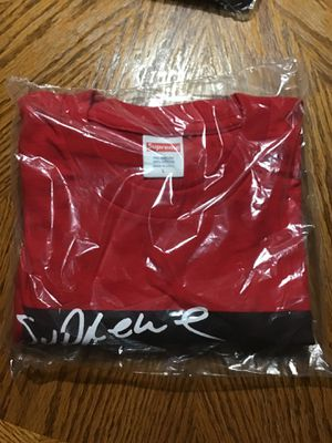 Brand New Supreme - Mary J Blige Tee, Size L, Color Red for Sale in Virginia Beach, VA